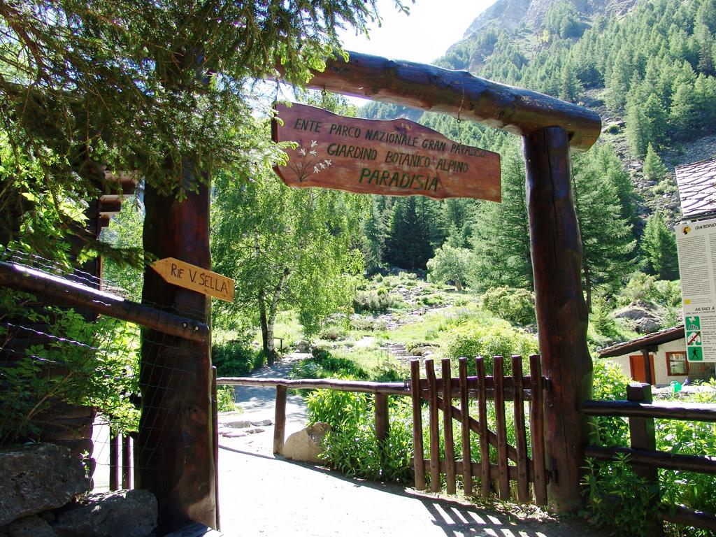 Giardino botanico alpino paradisia orto botanico d 39 italia - Ingresso giardino ...